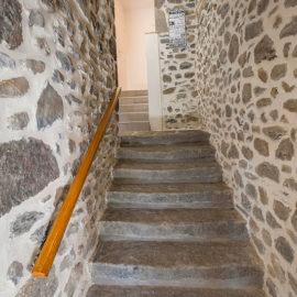 Escalier (vue d'en bas)